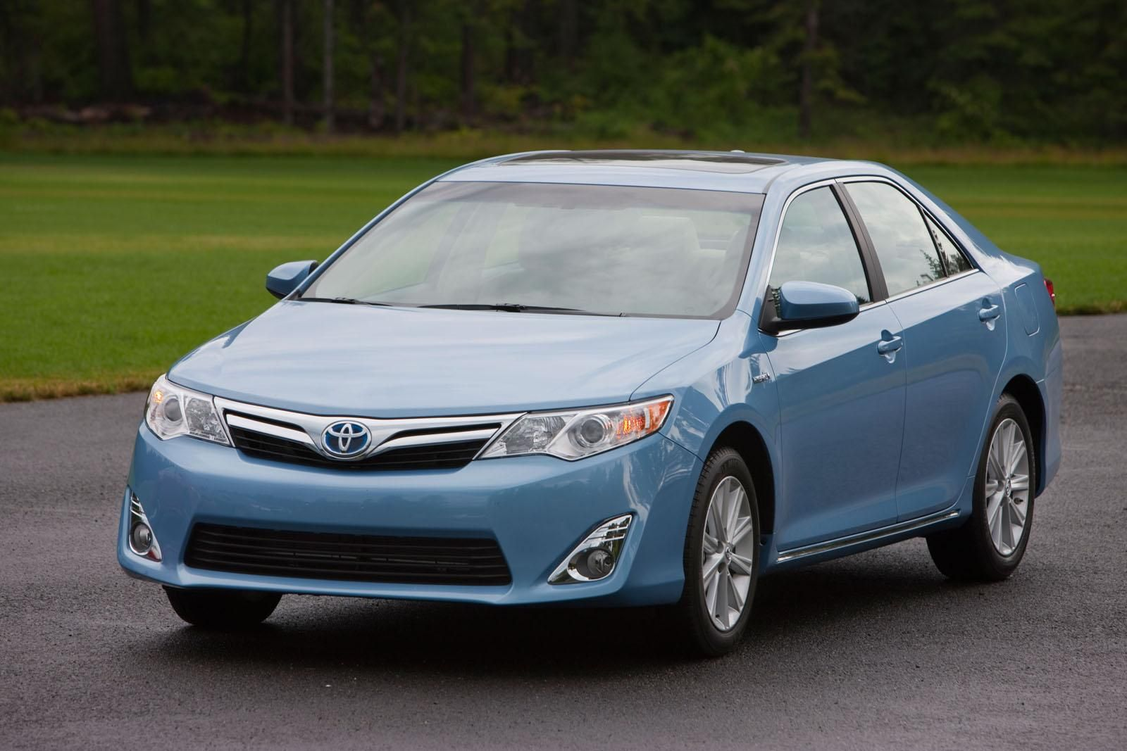 2015 toyota camry gets sharper steering new looks 2015 toyota camry toyota camry and toyota