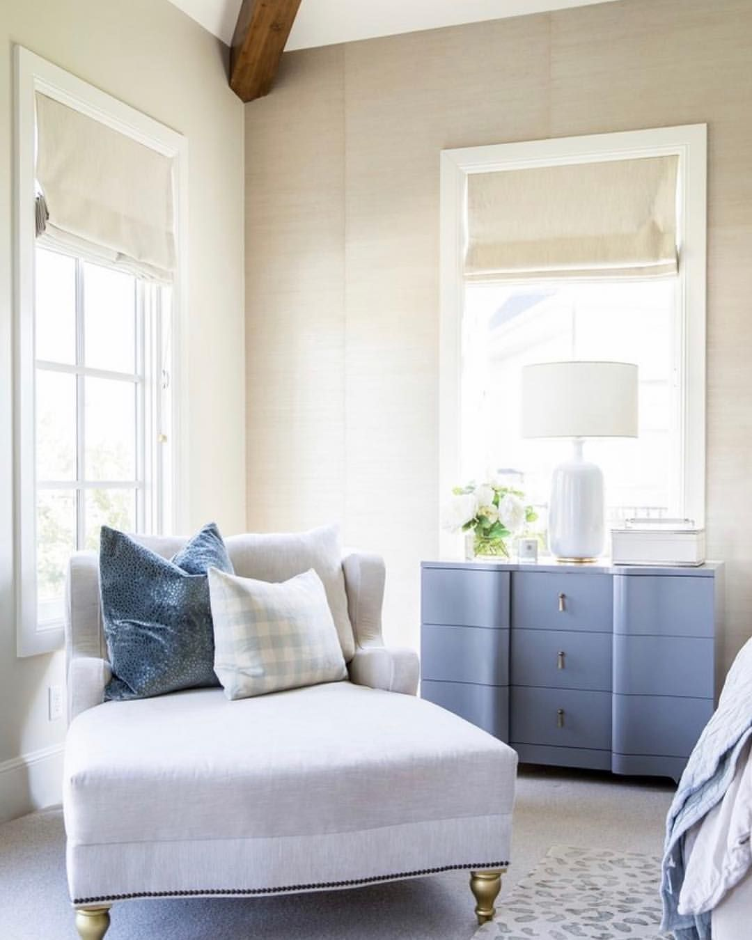 Best Love This Cozy Sitting Area Image By Rachel Parcell 400 x 300