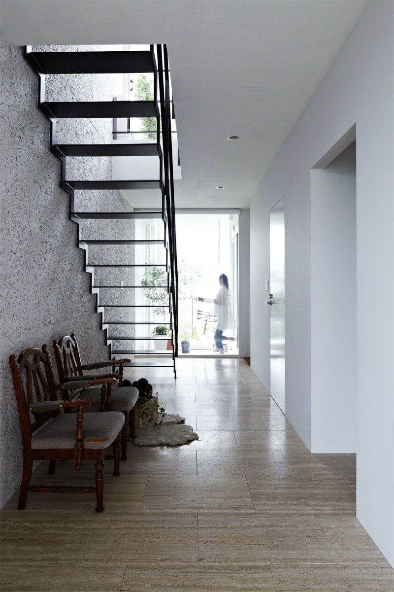 Narrow House With Glass Staircase Peaceful Modern Family Home Simple Exterior Design