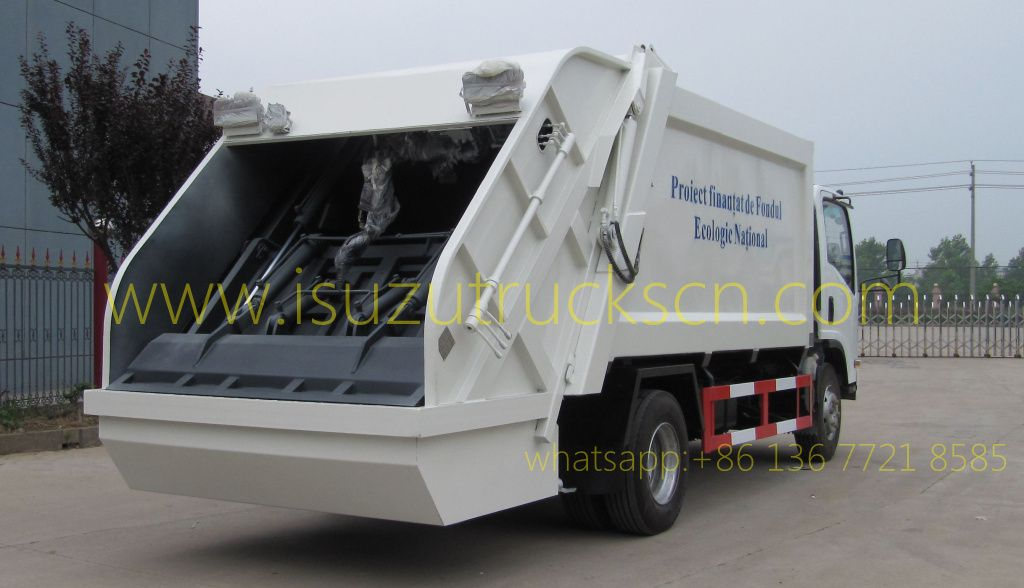 5tons 8tons Trash Compactor Truck Isuzu Specification And Pictures Trucks Compactor Waste Collection