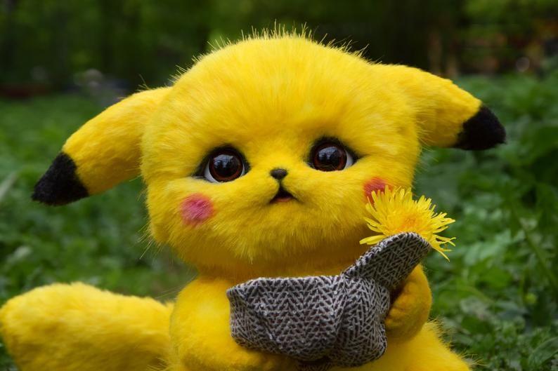 Detective Pikachu In 2020 Pikachu Face Painting Pikachu