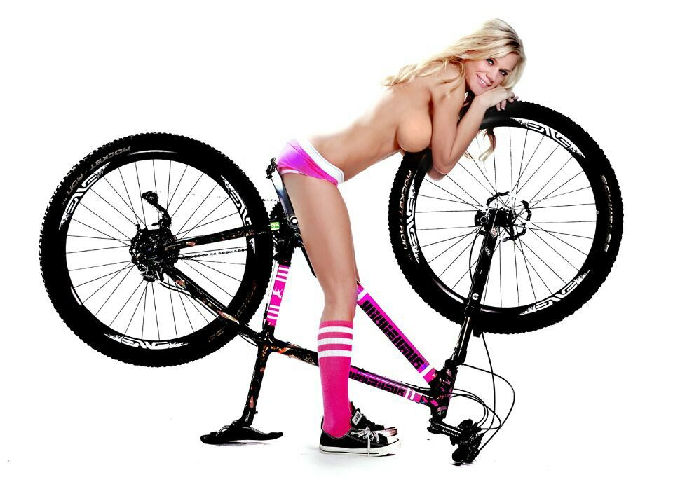 bike girl Mountain sexy