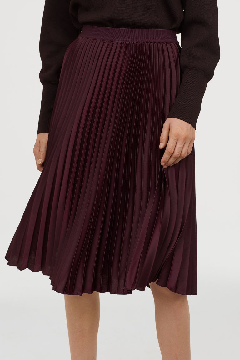 bbf07f73b3 Pleated Skirt in 2019 | Wish list | Pleated skirt outfit, Skirts ...