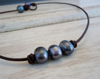 Leather and pearls Hammered sterling silver lariat by IseaDesigns