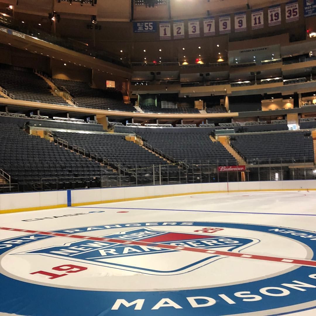 The ice is made! NYR at MSG 🔵⚪️🔴 New york rangers
