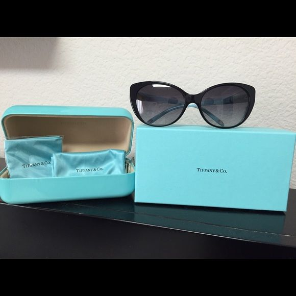 Tiffany&Co cat eye sunglasses Model: TH4009H Eye size:57. Nose bridge: 17. Temple length: 135. Color: black with real inside Tiffany & Co. Accessories Glasses