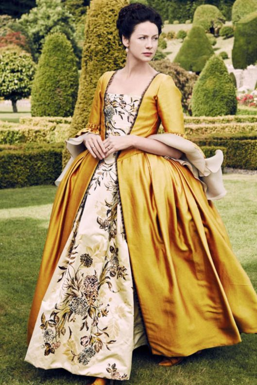 The 18 Best Costumes from 'Outlander' Season 2