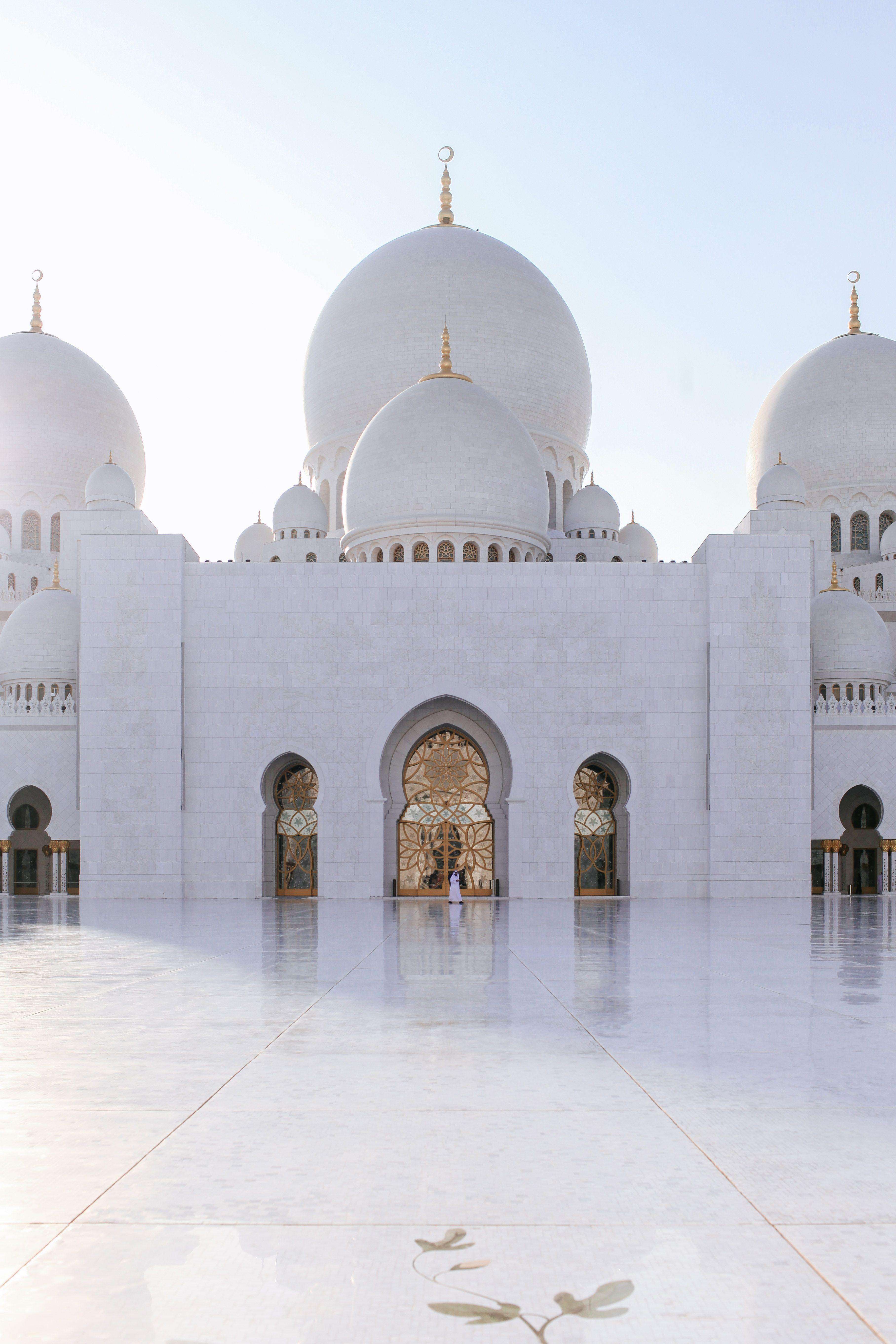 Die Sheikh Zeyed Moschee In Abu Dhabi Ist Fantastischer Als Jeder