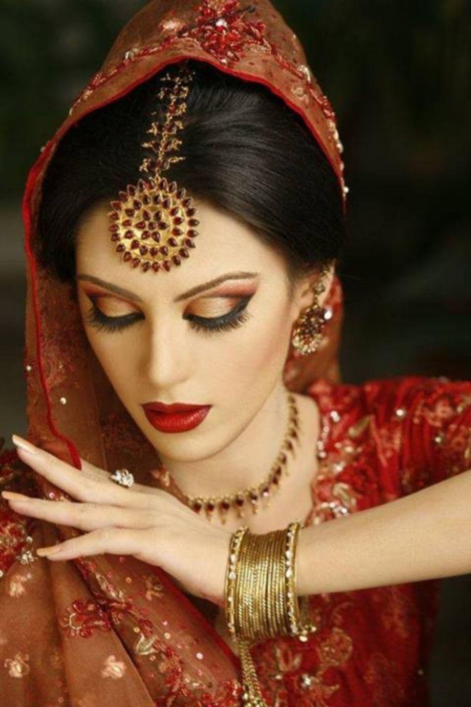 70 Beautiful Ideas For Asian Bridal Makeup Looks Vis Wed Asian Bridal Makeup Asian Bridal Indian Bridal Makeup