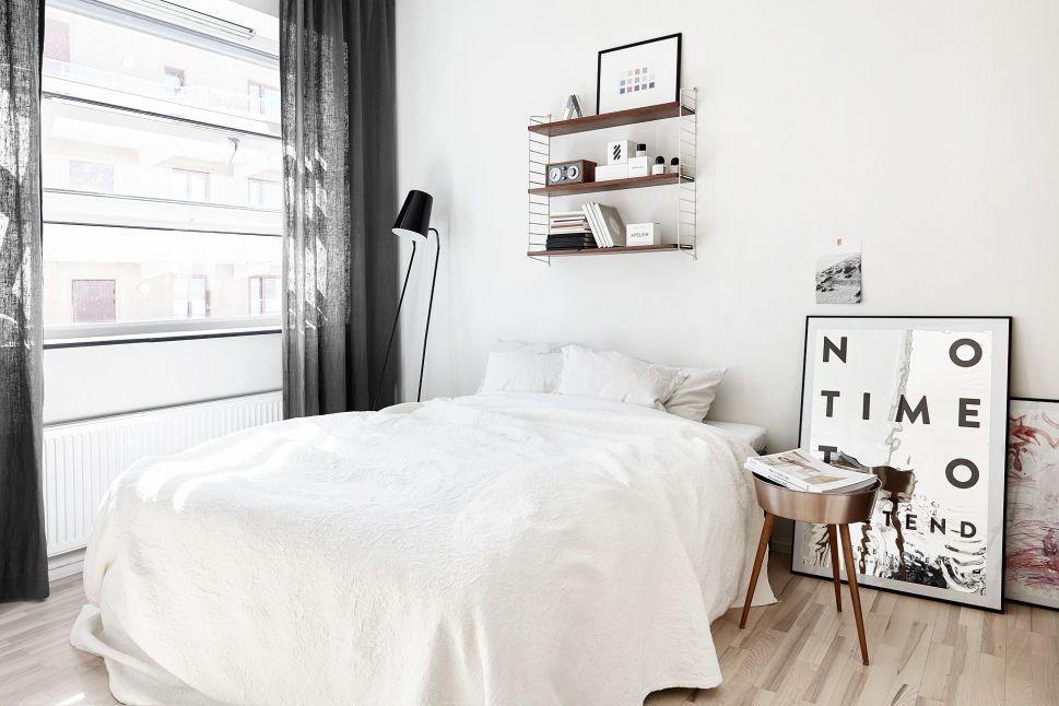 Eviter d'avoir une étagère au dessus de la tête de lit