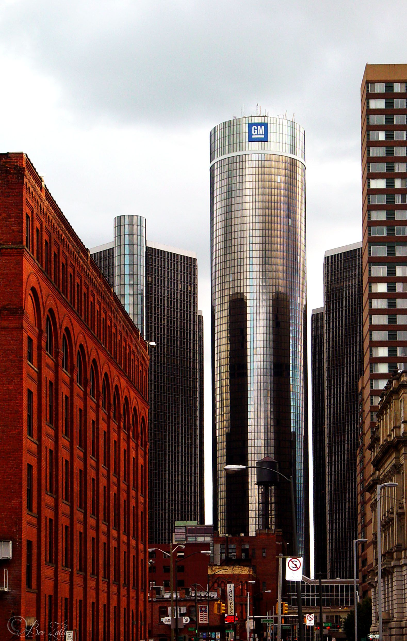 Detroit, Michigan, US. Downtown with old and new buildings ...