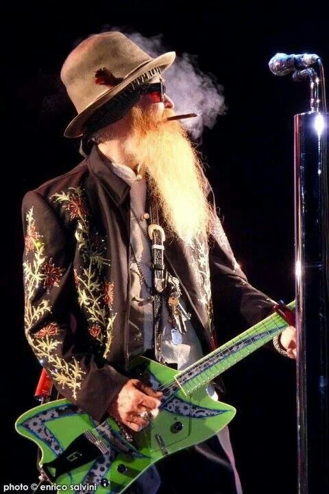 2e0cd68a77b ZZ Top (one of them)