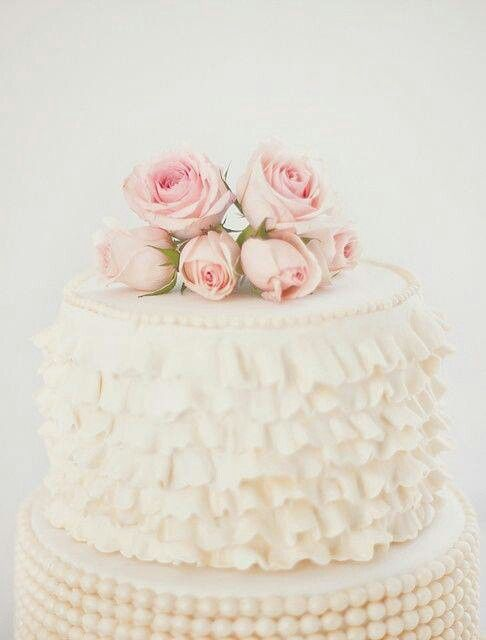 Beautiful Cake via Denise Saunders