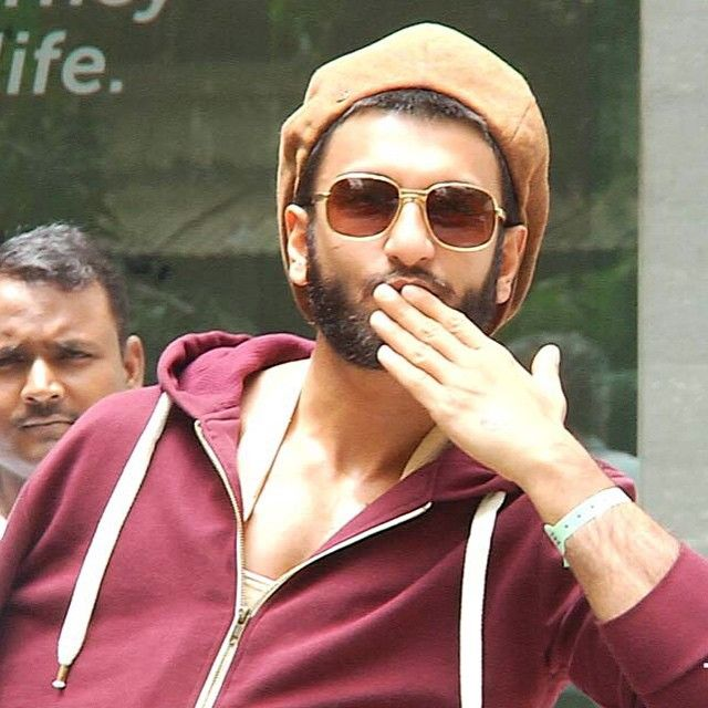 Ranveer Singh Fan On Instagram Biggest Sweetest Purest Heart I Know What Do You Guys Think Any Celebrity In The World Woul Ranveer Singh Actors Guys
