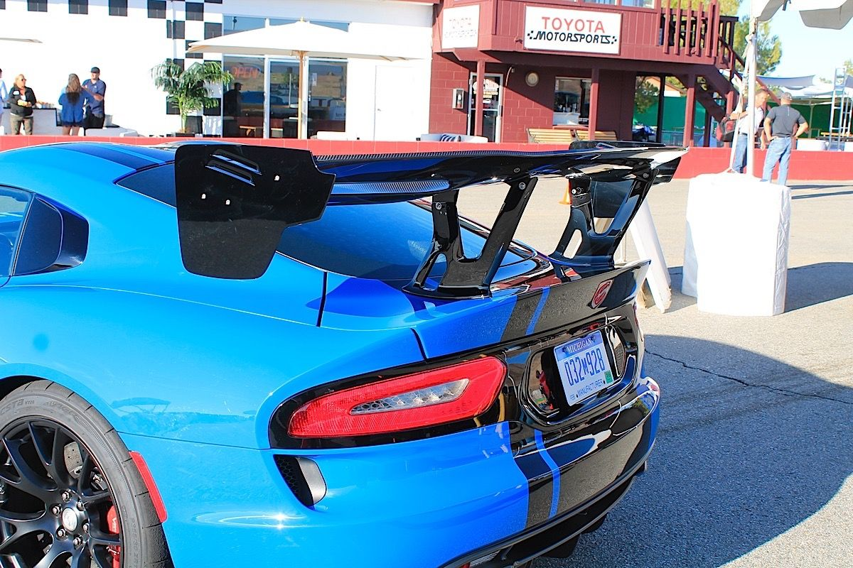 Strapped In: At Speed In The 2016 Dodge Viper ACR - MoparWS-033