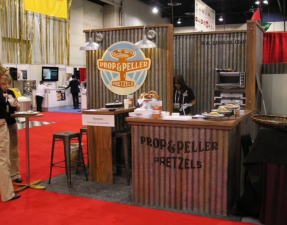 10x10 trade show booth by expo services in las vegas for 10x10 shop door