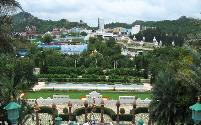 Top 10 places to visit in Hyderabad