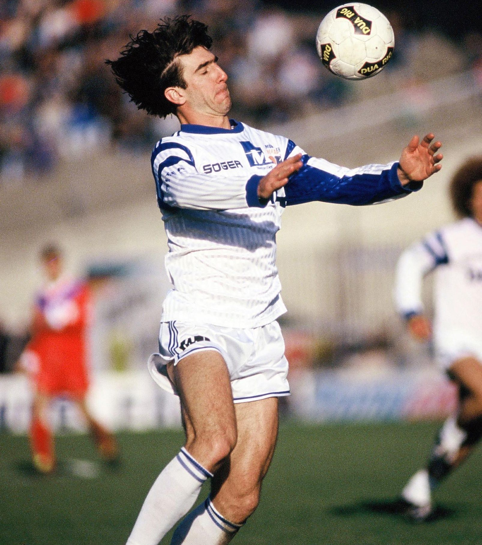 A few months later, cantona made history by scoring the. Картинки по запросу cantona Montpellier Hérault Sport Club ...