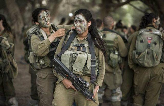 Israeli soldiers sex teen