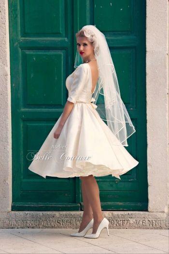 Atelier Belle Couture | schlichtes 50er Jahre Brautkleid | Outfit ...