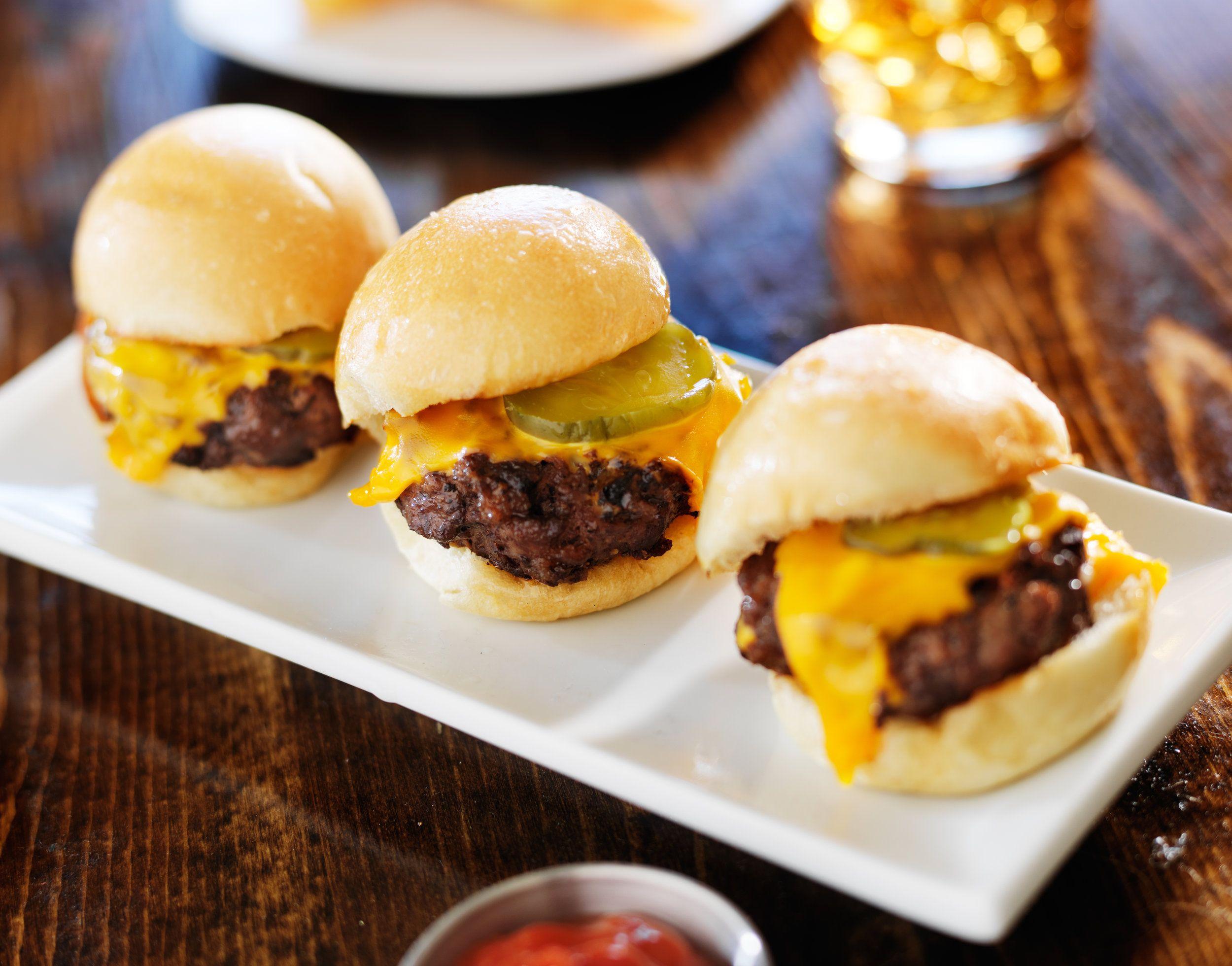 Cheeseburger Sliders (With images) Recipes, Cheeseburger