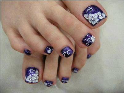 black  white water marble swirl nail art  toenail art