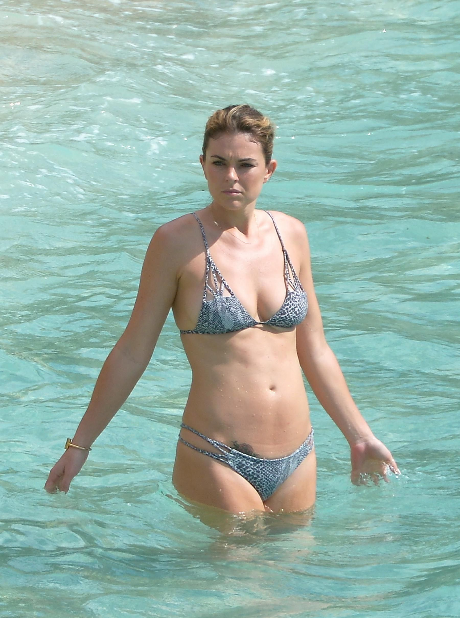 Young Serinda Swan naked (62 foto and video), Topless, Paparazzi, Twitter, lingerie 2006