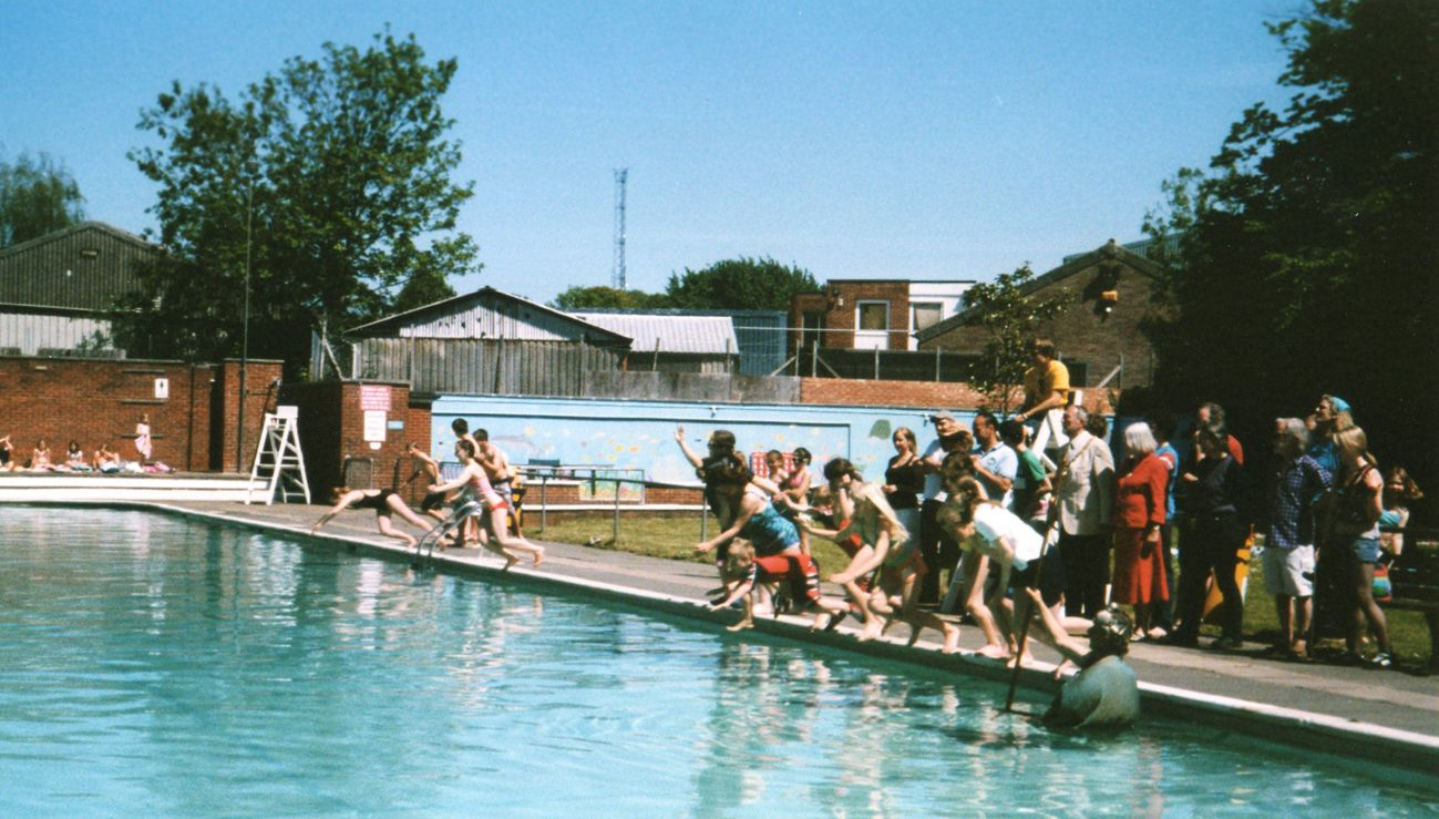 Lewes lido Outside pool, Places to visit, Outdoor pool