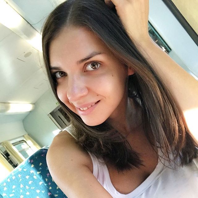 Алина хенесси фото работа для девушки продавца