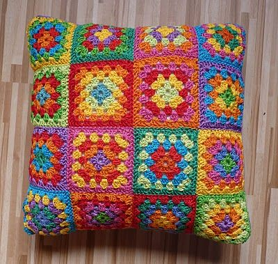 Crochet cushion cover from The Adventures of the Gingerbread Lay - check out her blog!