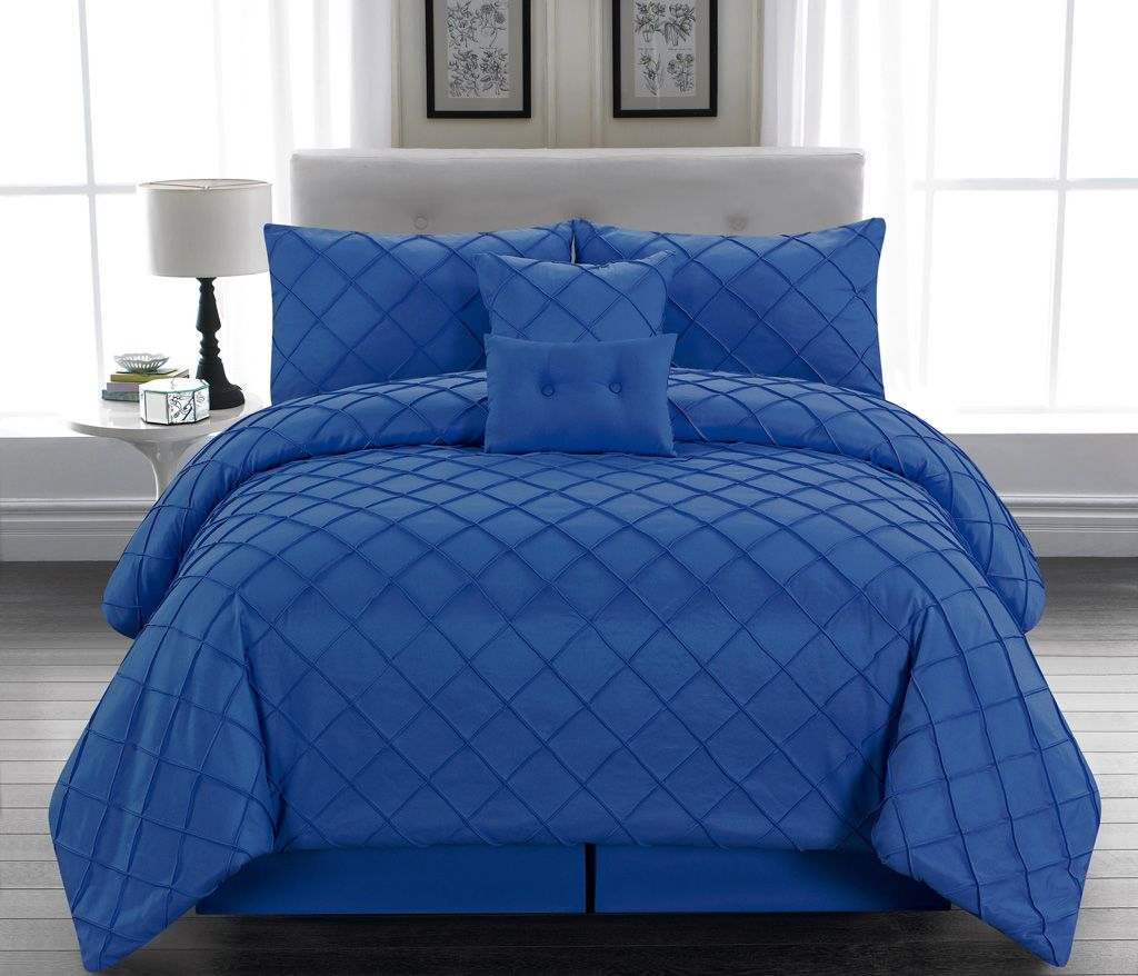 Beautiful king bedding coloured blue King Beds Pinterest Bed