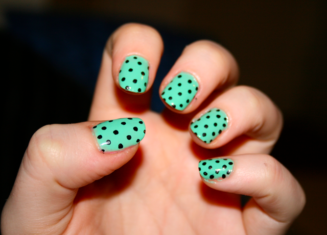 2014 Spring Nail Trend: Mint Nails | Mint nail designs, Mint nails ...