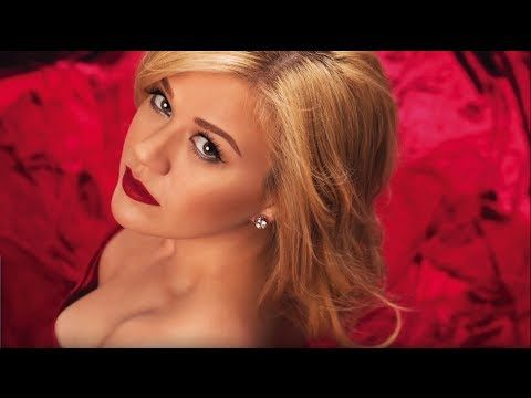 Kelly Clarkson - Wrapped In Red (Full Album) CHRISTmas
