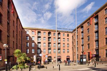 Albert Dock Hotels Book Near Liverpool Premier Inn