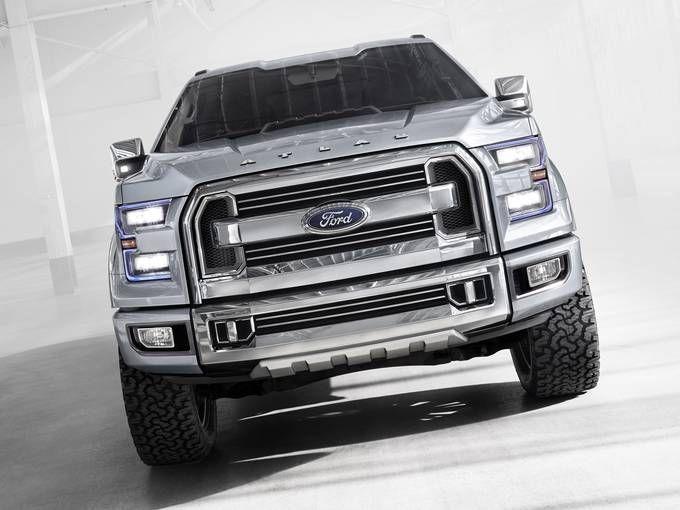 Ford Drops A New F 150 Pickup On Detroit Cars Trucks Pickup Trucks Trucks