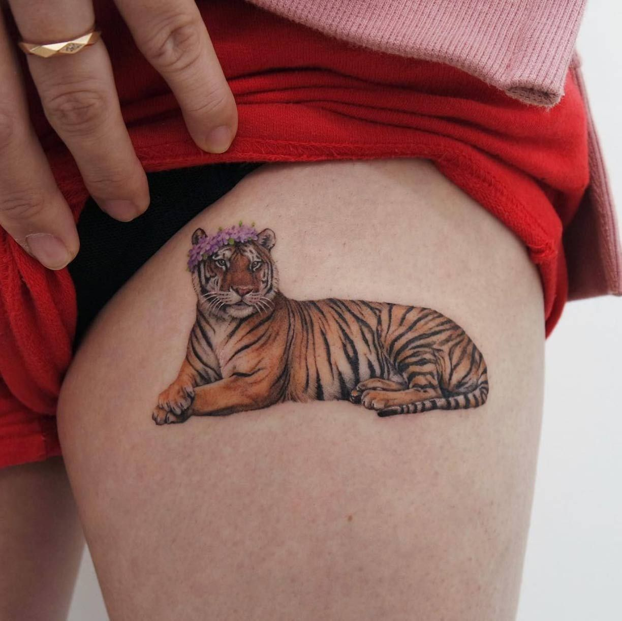 50 Gorgeous Tattoo Designs You Ll Desperately Desire Summer Tattoo Tiger Tattoo Design Tattoo Designs