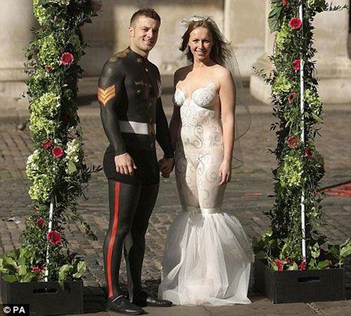 Gown Free: 9 Wedding Dress Alternatives | FashionEEKsta | Pinterest