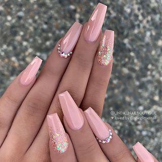 38 Wonderful Pink Nail Art Design Ideas Nails Pink Nails Pink Glitter Nails Pink Nail Ideas Nails Instagram Beauti Pink Nails Pink Acrylic Nails Gorgeous Nails