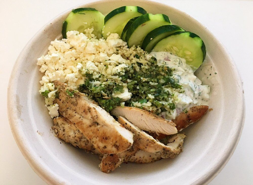 Zoes Cauliflower Rice Bowl W Chicken Cauliflower Rice Bowl Chilled Cauliflower Rice O Place In Chicken Bowl Recipe Greek Chicken Pita Zoes Kitchen Recipes