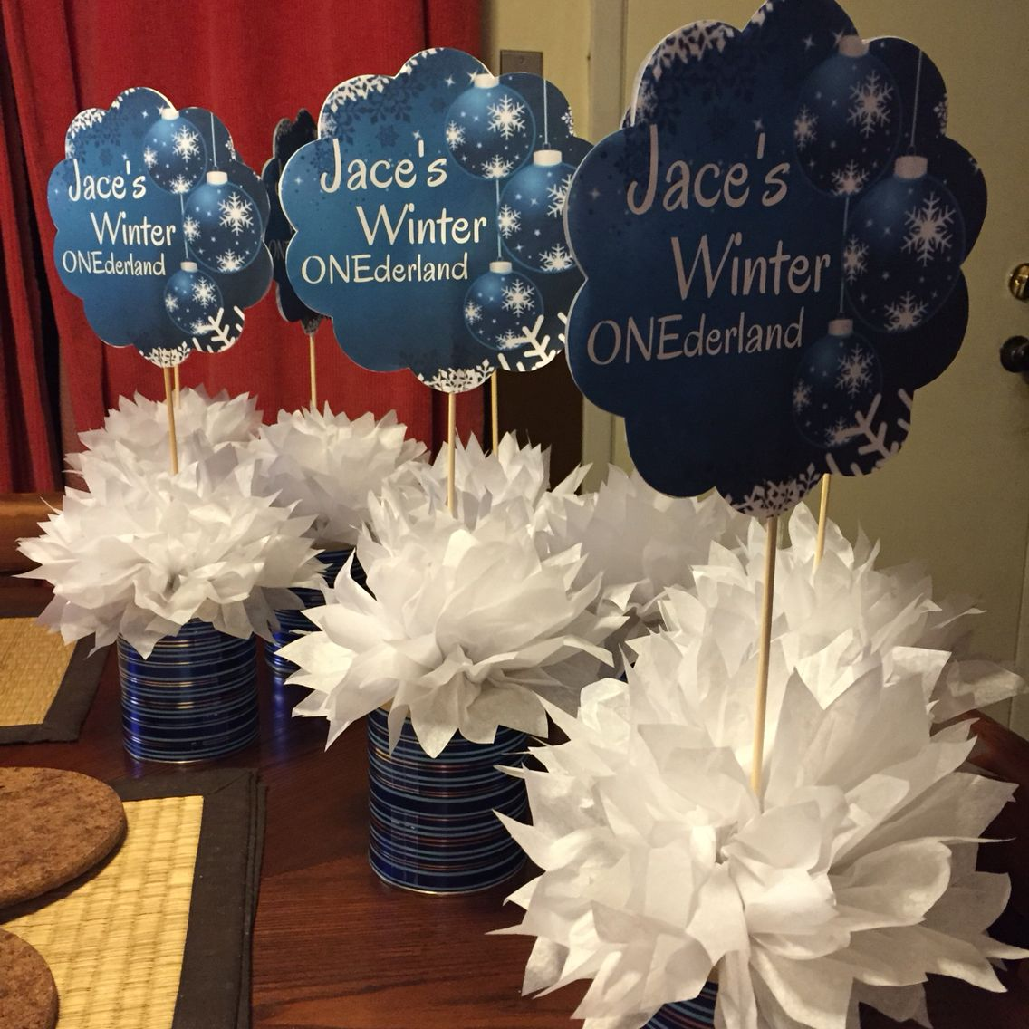 DIY Winter Theme Centerpieces from repurposed formula cans ...