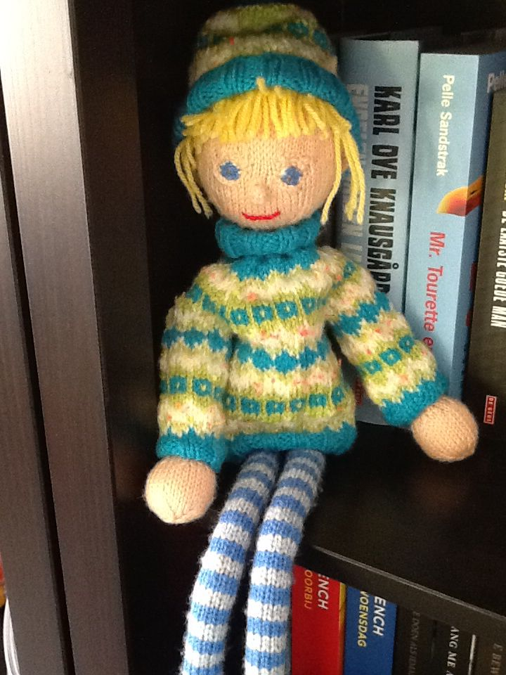Gorgeous version of a knitted doll from the patterns from Arne and ...