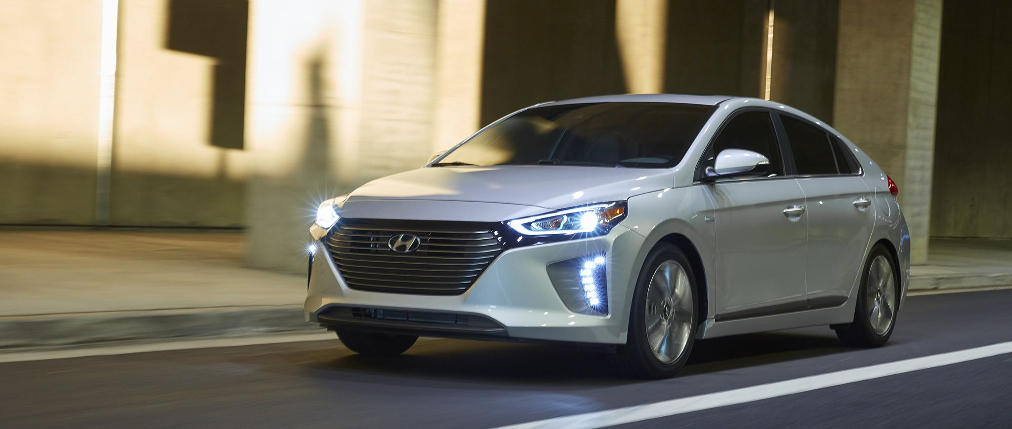 Hyundai Ioniq Hybrid Ev Symphony Air Silver Driver Side Fuel Efficient Cars Hyundai Most Fuel Efficient Cars