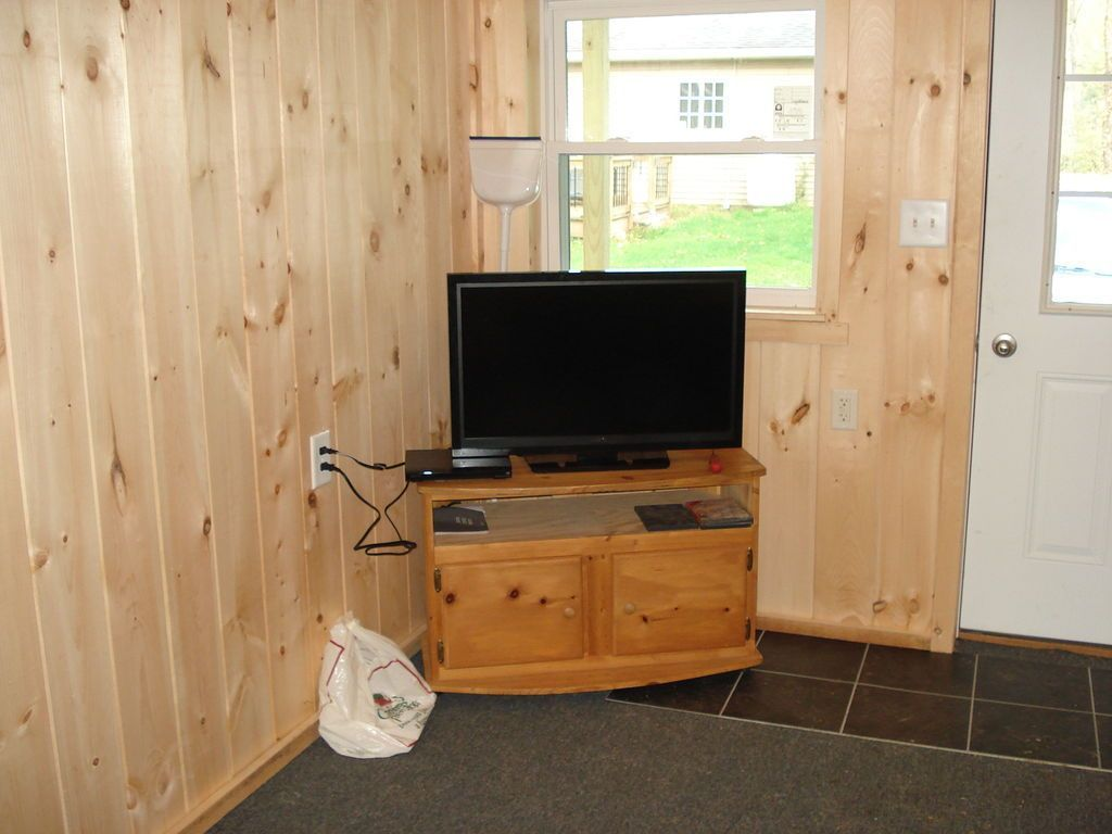 Cabin On A Budget Interior 22 Building A Small Cabin Building A Cabin Tiny House Loft