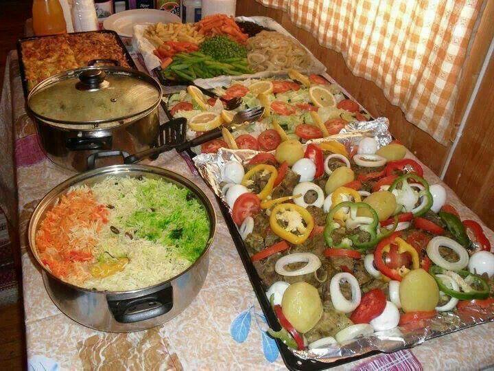 Somalis, Muslims share food, religion, culture at cross ... |Somali Wedding Food