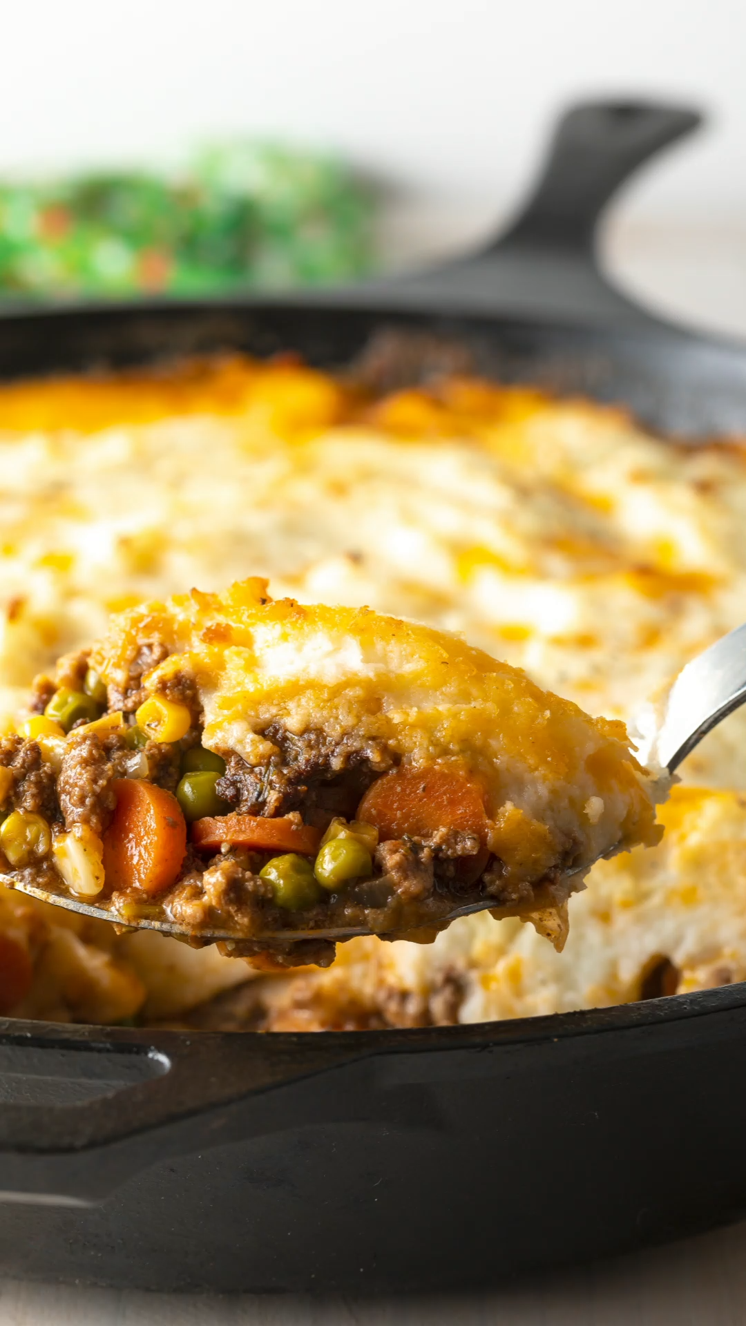 The Best Cottage Pie Recipe (Shepherd's Pie with Beef!) Learn How to Make Shepherd's Pie in ONE POT for Saint Patrick's Day!  #aspicyperspective #foodblog #foodie #instayum #hungry #thekitchn #onmytable #dailyfoodfeed #foodlove #foodpic #instafood #foodstagram #tasty #cottagepie #shepherdspie #beef #stpatricksday #stpaddysday #stpattysday  #comfortfood #whatsfordinner #delicious #treatyourself #potato #recipe #familydinner #dinners #beefandpotatoes #instafoods #feedthefamily