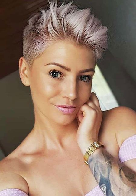 20 Short Hairstyles for Fine Hair Over 60