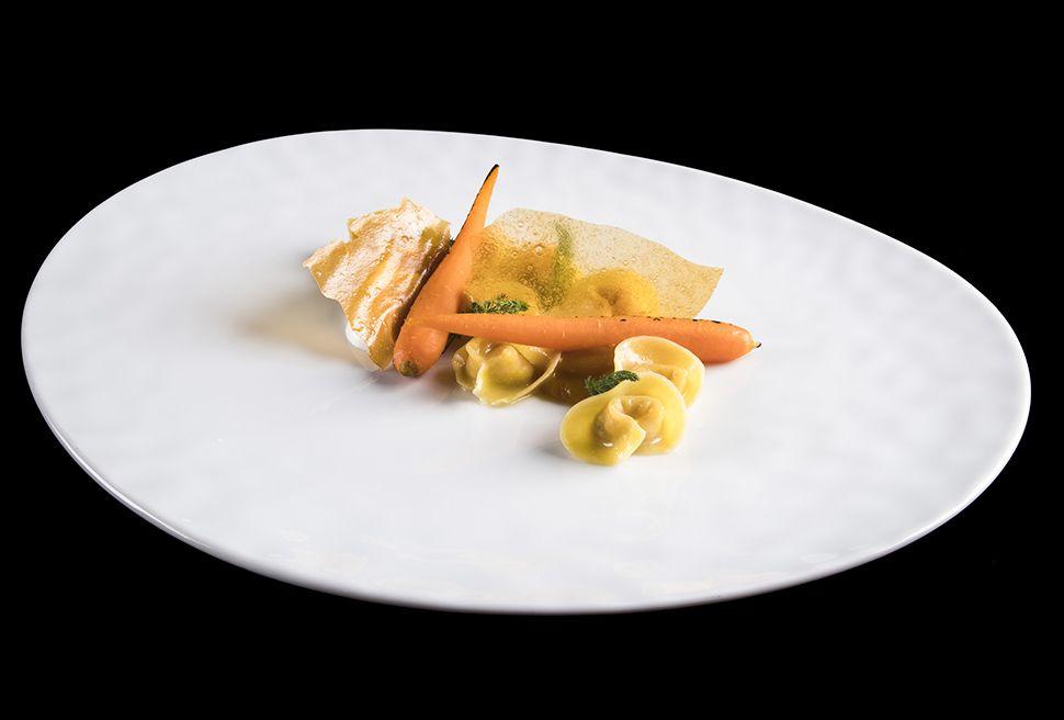 Heinz Beck Tortellini di coniglio con carote e camomilla