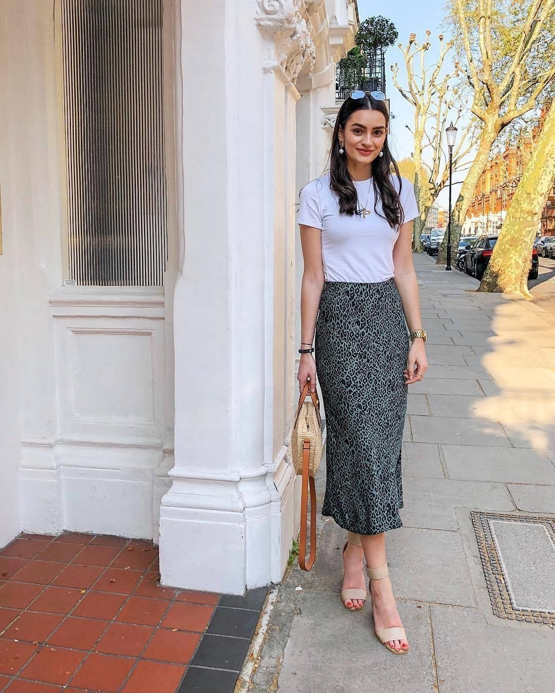 30+ cozy spring skirt outfits ideas to try asap #