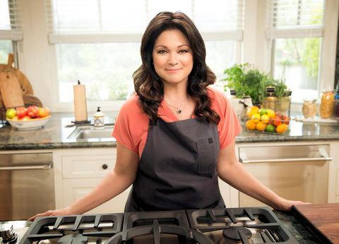 How to Make Valerie Bertinelli's Homemade Lasagna #valeriebertinellirecipes