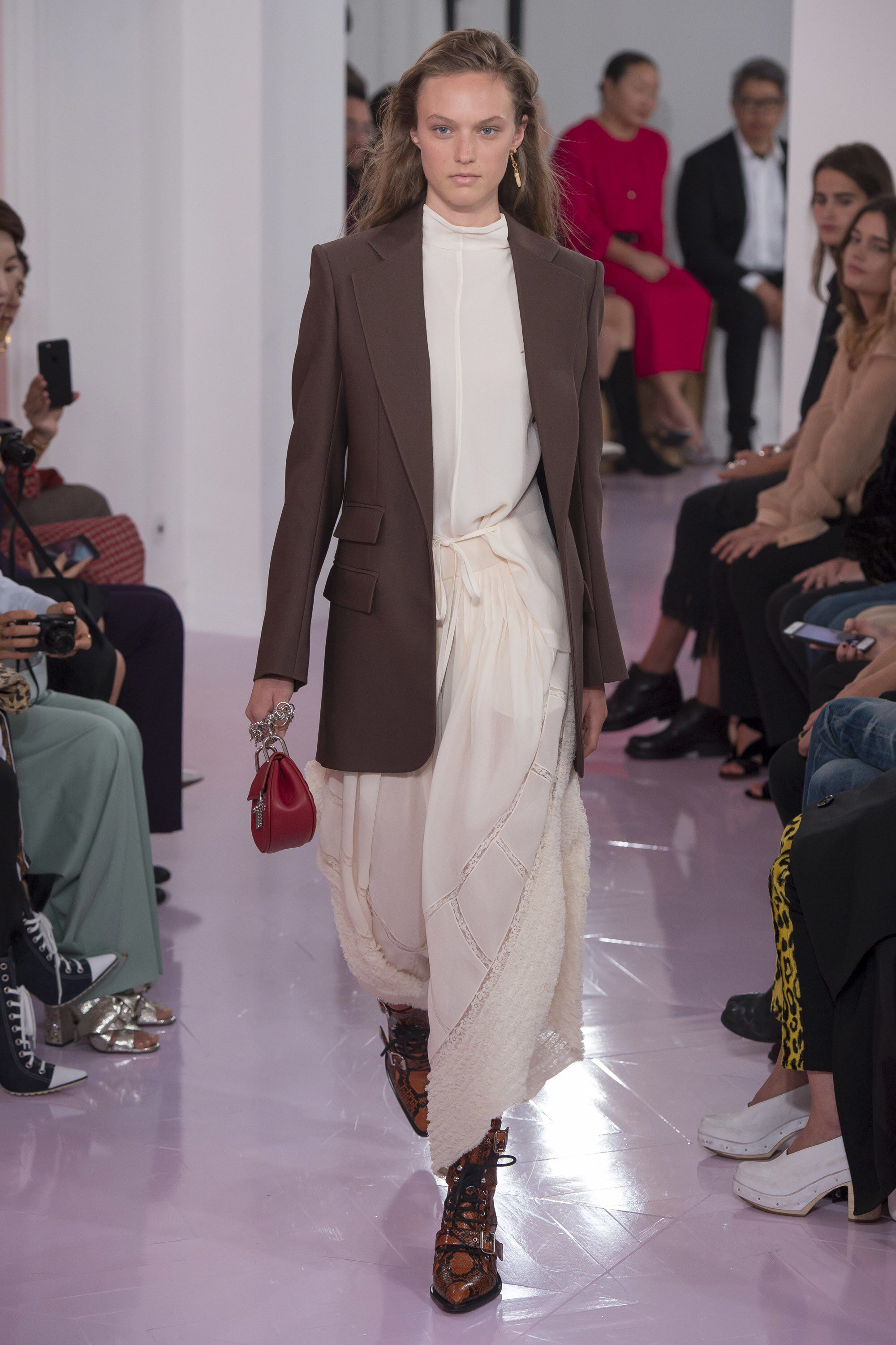 Chloé spring readytowear fashion show spring ss and spring